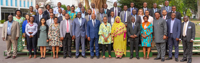 WHO and AUC pledges deeper ties to improve people's health in Africa